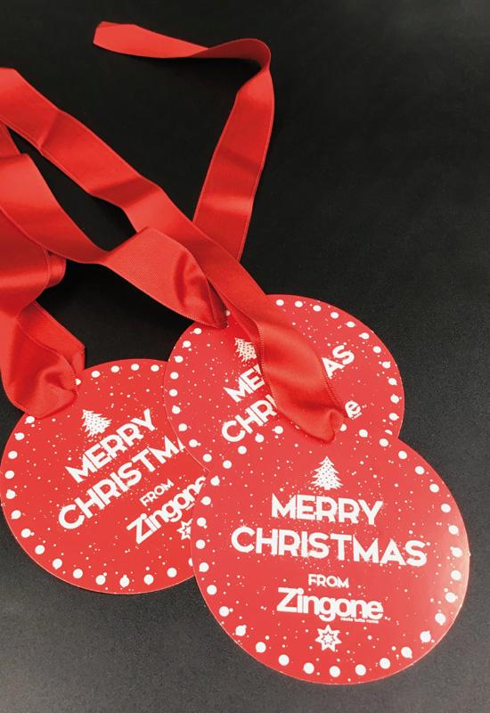 cartellini personalizzati tondi natale christmas auguri from to gift nastro raso rosso rifipack