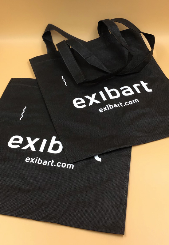 shopper bag exibart in tessutonon tessuto nero stampa bianca rifipack shopping bag con passione