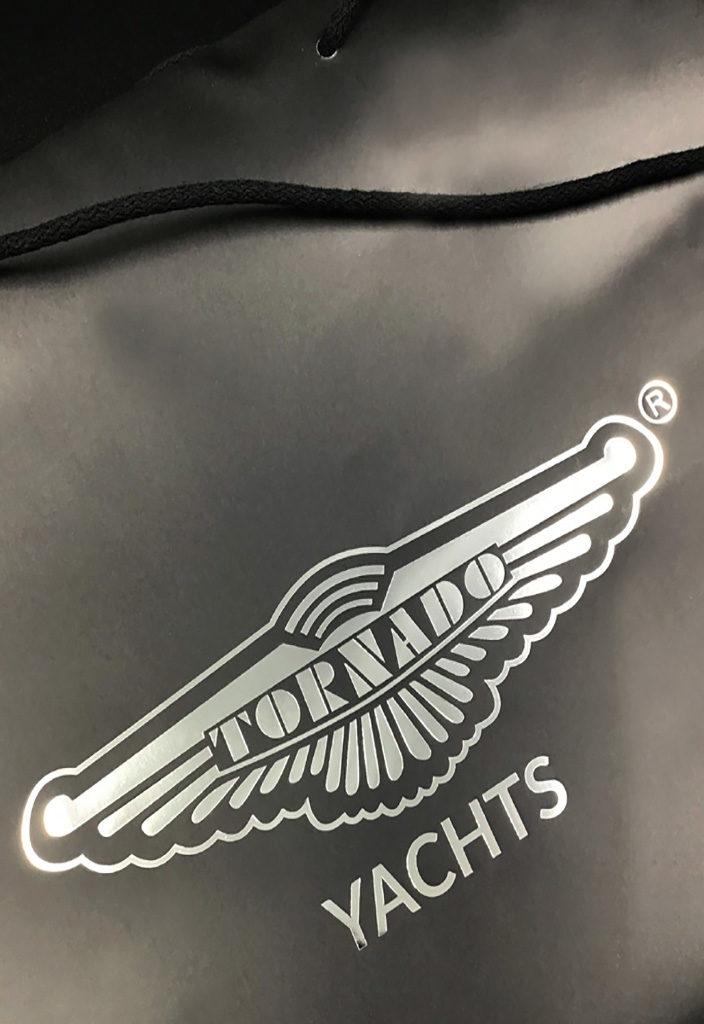 stampa-argento-a-caldo-nobilitazione-logo-oro-a-caldo-shopper-personalizzate-carta-rifipack-shopping-bag-borse-buste-vari-formati