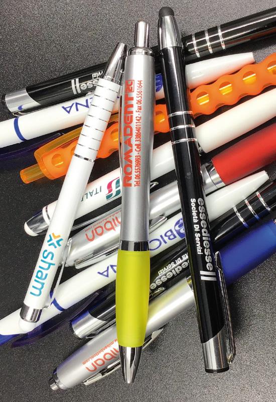 penne personalizzate penna stampa logo gadget promozionale pubblicità omaggio clienti regalo natale rifipack